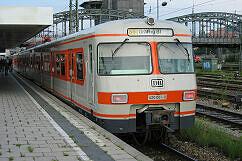 S-Bahnwagen 420 001 noch im normalen Linienbetrieb im Jahr 2003