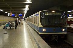 B-Wagen 571 im bauma-Verkehr am Innsbrucker Ring