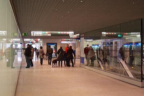 Renoviertes Sperrengeschoss am Hauptbahnhof