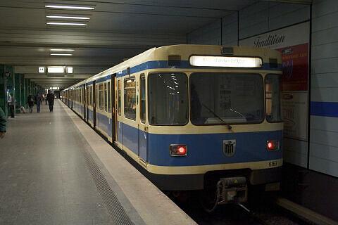 A-Wagen 163 am Goetheplatz