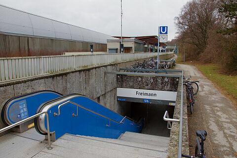 nördlicher Zugang zum U-Bahnhof Freimann