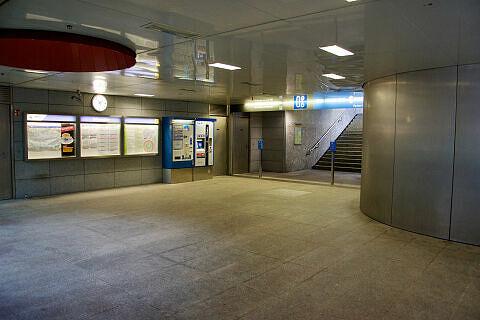 Sperrengeschoss des U-Bahnhofs Freimann