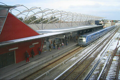 Alter Bahnsteig Fröttmaning vor Bau des neuen Bahnhofs