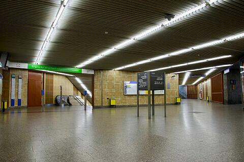 Sperrengeschoss am Übergang zur S-Bahn am Heimeranplatz